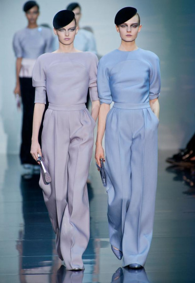Giorgio Armani Privé A/W Haute Couture 2012 Love how classy and clean this looks !