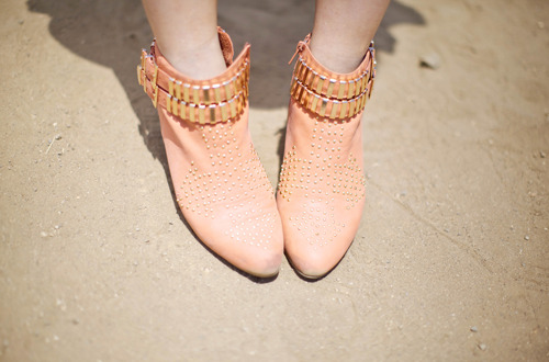 statementshoes:  Jeffrey Campbell
