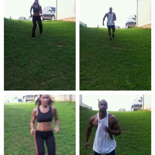 #trainhard #fitness #thehill #teamworkout #teamfitness #teamnodaysoff  (Taken with Instagram)