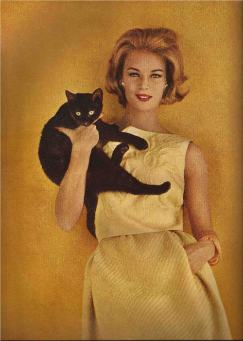 Fashion with felines forVogue, 1962.