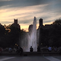 #fountain #nyc  (Taken with Instagram at Washington Square Park)