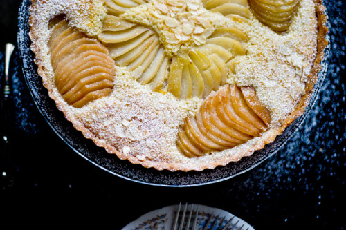 pear and almond tart photo by yasmineabdullah