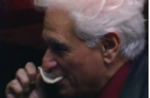 getradified:  Jacques Derrida eating a potato chip.  #nodads