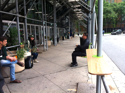 dianajannuzzi:  There are over 6,000 sidewalk sheds in NYC. Softwalks aims to transform these eyesores into functional public space with a simple kit of parts. (via Softwalks)