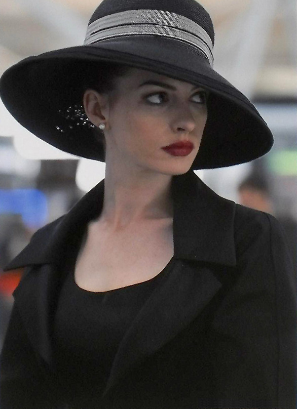 suicideblonde:  Anne Hathaway in The Dark Knight Rises