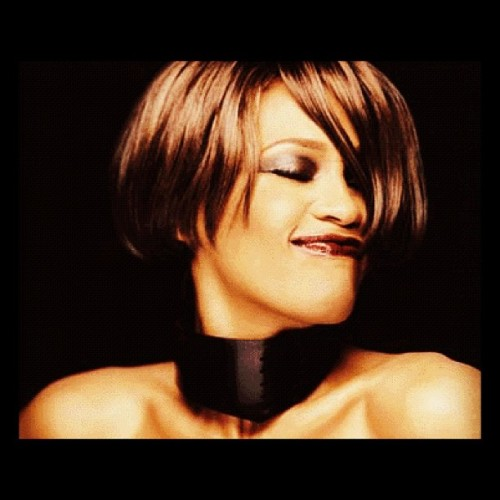 jaycueisay:  Happy 49th bday Whitney #rip #whitneyhouston #music (Taken with Instagram)  ;_; I still can't believe it