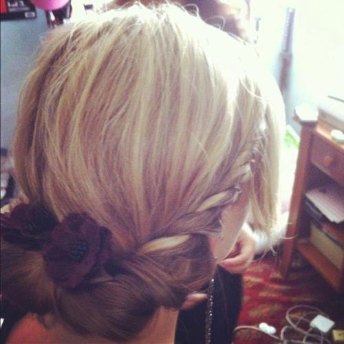My friend did my hair for meeee. Thank you, I love you <3