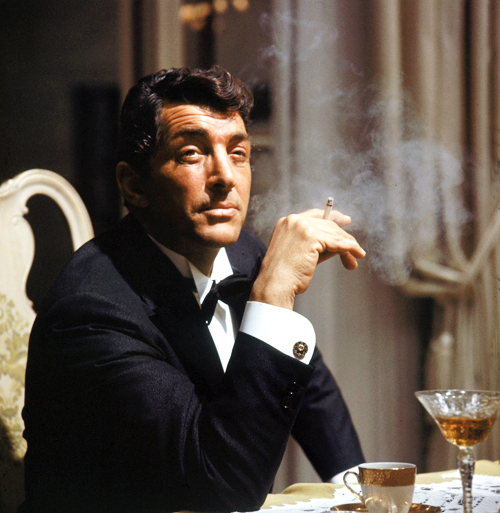apostrophe9: I'm Dean…'9 bluebroguesandrosetintedglasses:  Dean Martin: I swear famous actors from the past had so much more style.