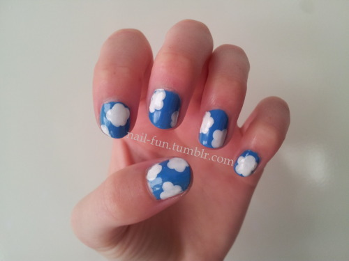 Cloudy sky nails This was the begin of my Cath Kidston design, haha! They look like clouds! Funny, isn't it? :p
