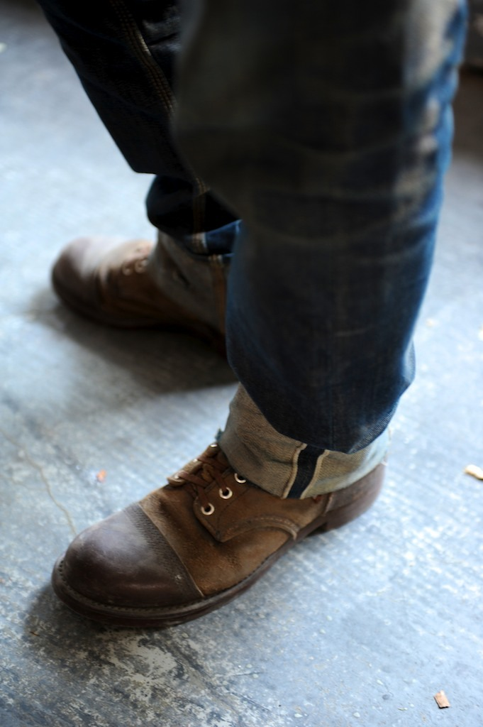redwingshoesamsterdam:  Pair of 8113 Iron Rangers with East Dust denim