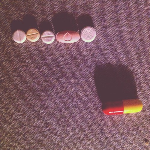 Goodmorning pills:) #goodmorning #pills #mylifeonpills  (Taken with Instagram)