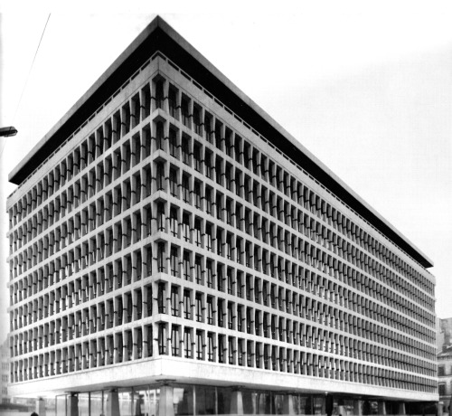 SKIDMORE, OWINGS, MERRILL (SOM) BANQUE LAMBERT IN BRUSSELS, 1965