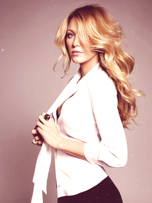 imgonnamarrythenight9:  Blake Lively for Gucci.