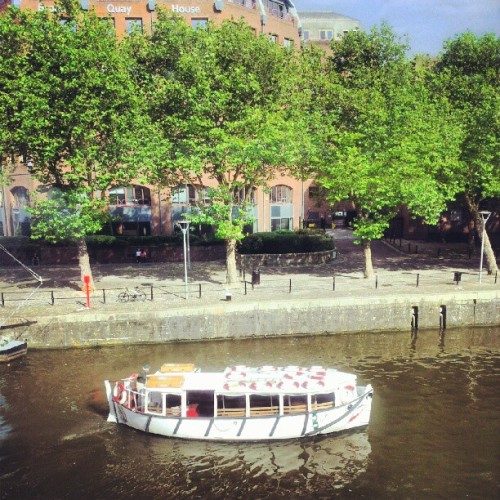 I used to work on this ferry boat. Good fun. #Bristol #harbour #ferry #boat #no7  (Taken with Instagram)