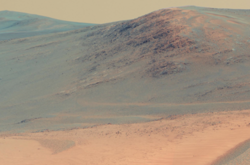 Mars looks like a set from a David Lean movie. SNOOZEFEST.