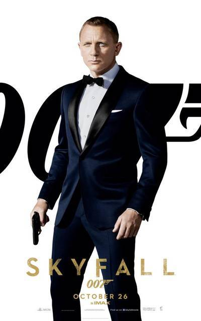 #Skyfall - Daniel Craig as James Bond (via Skyfall – I character poster di Daniel Craig, Javier Bardem e delle Bond Girl! | Il blog di ScreenWeek.it)