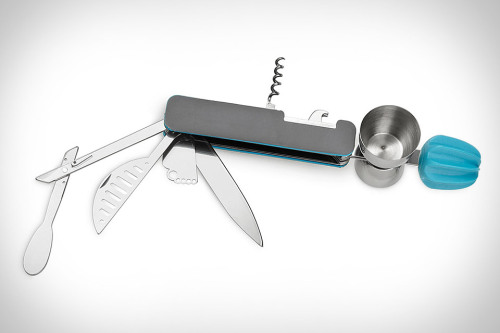 The Swiss Army Knife of bartender tools - Bar10der (via uncrate)