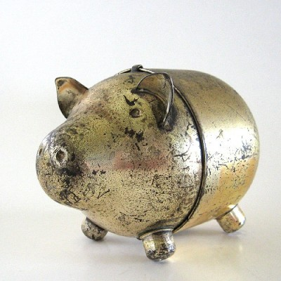 thevintaquarian:  Old Pig.  Vintage piggy bank, The Vintaquarian