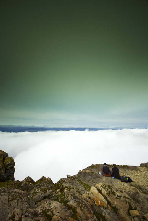 off-my-rocker:  the edge (by Jon Bowen) Ben Nevis, Scotland