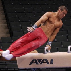 This was a slight distraction when I was at the gym… 😳 #jakedalton #olympics #physique #JakeDalton. @jake_dalton #motivation#betterbodies#squats#loveit#gym#bodybuilding#fitbody#leg#niceass#pain#fitspo#fitgirl#workout#dedication#instagoodfitness (Taken with Instagram)