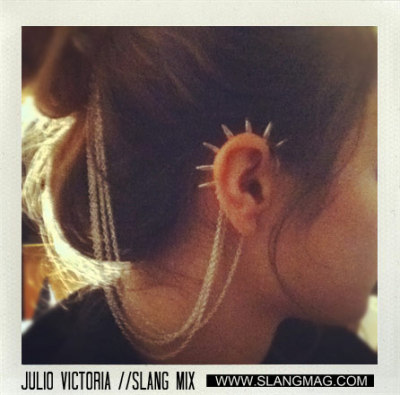 Julio Victoria //SLANG mix. Deep House and sinful beats. Hear the mixtape here: http://blog.slangmag.com/julio-victoria-slang-mixtape/8720/