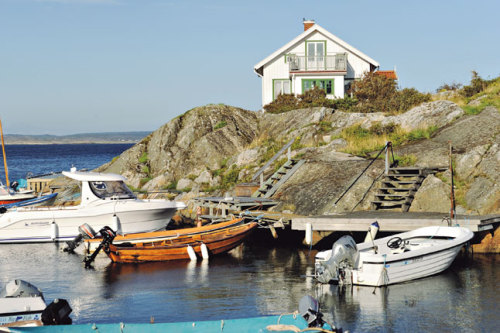 (via The best of the west of Sweden, Photo 2 of 16 (Condé Nast Traveller)) Käringön, Sweden