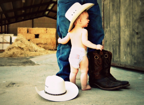 kaitlinanndelong:  My future baby :)) haha