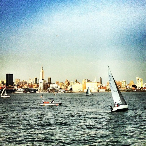 #nyc #skyline #sailboat #hoboken (Taken with Instagram)