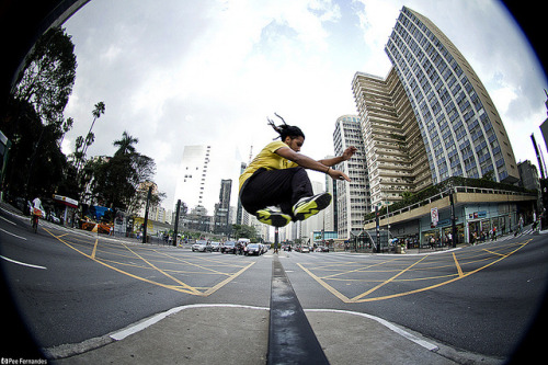 Le Parkour - Danilo Alves - Avenida Paulista/SP by pee_fernandes on Flickr.