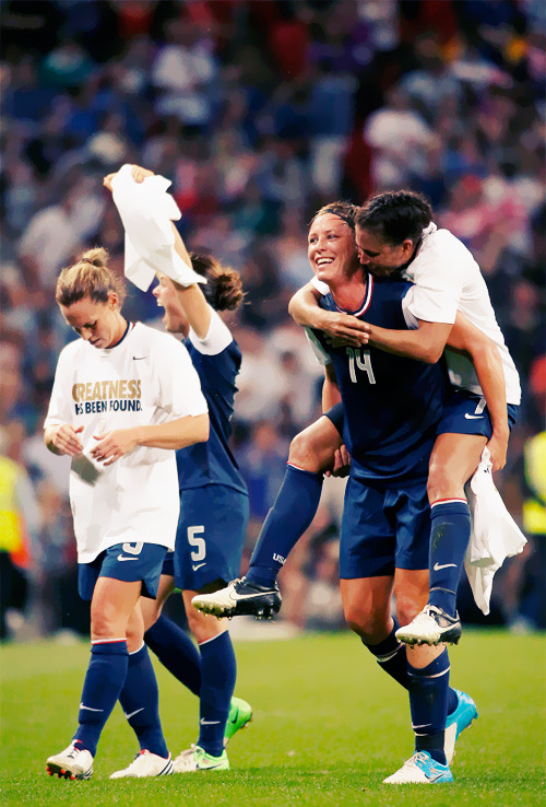 Christie Rampone, Abby Wambach and Shannon Boxx