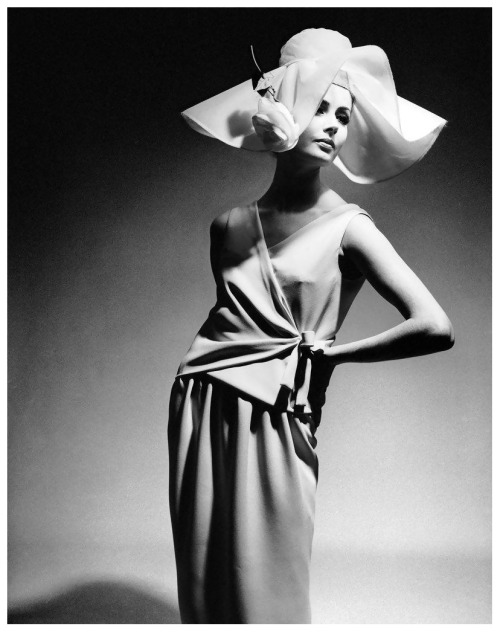 Photo by F.C. Gundlach, 1960.
