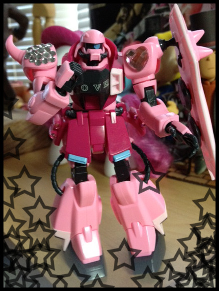 woahkicks:  I BUILT MY PINKU ZAKU then i put jewels on it because the decals suck