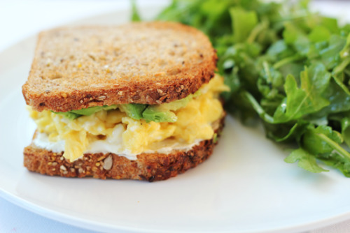 scrambled egg and avocado breakfast sandwich!