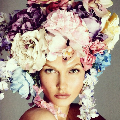 Beyond beauty: the ever stunning Karlie Kloss