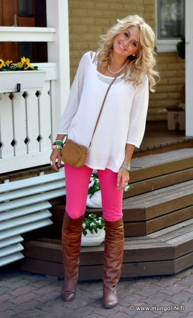 lovinglifeandlilly:  Neon + Riding Boots. LOVE.
