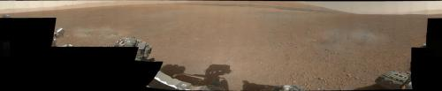 breakingnews:  NASA's Curiosity rover sends back color photos  NASA Jet Propulsion Laboratory: The first images from Curiosity's color Mast Camera were received by scientists in Pasadena, Calif. The thumbnails provide scientists and engineers of the Mars rover their first color, horizon-to-horizon glimpse of Gale Crater.  Photo: The panorama was made from thumbnail versions of images taken by the Mast Camera. (NASA/JPL-Caltech/MSSS)
