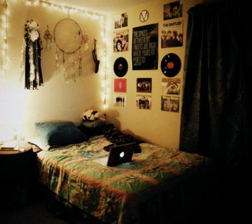 Dorm rooms decor for Room decor hipster