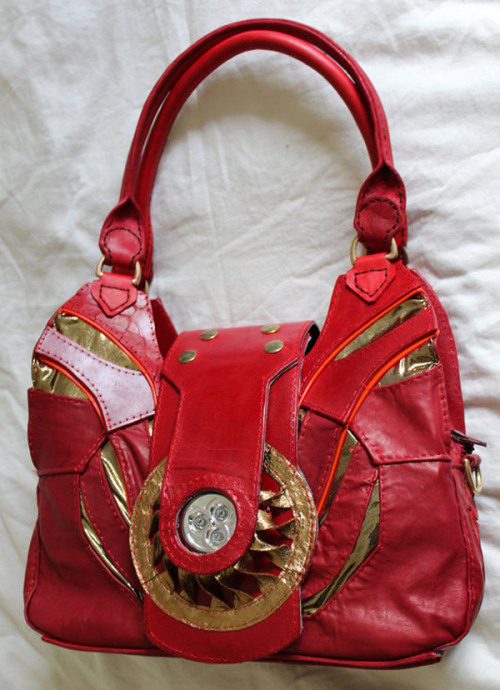 And I really want this Iron Man handbag. #nerdfashion