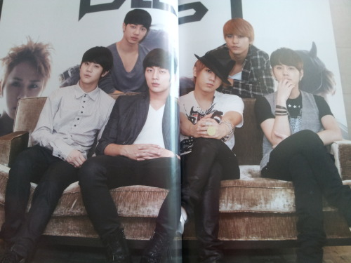 [Preview] The 1st Beast Fan Meeting Asia Tour Making Book [cr: dongkke's twitter]