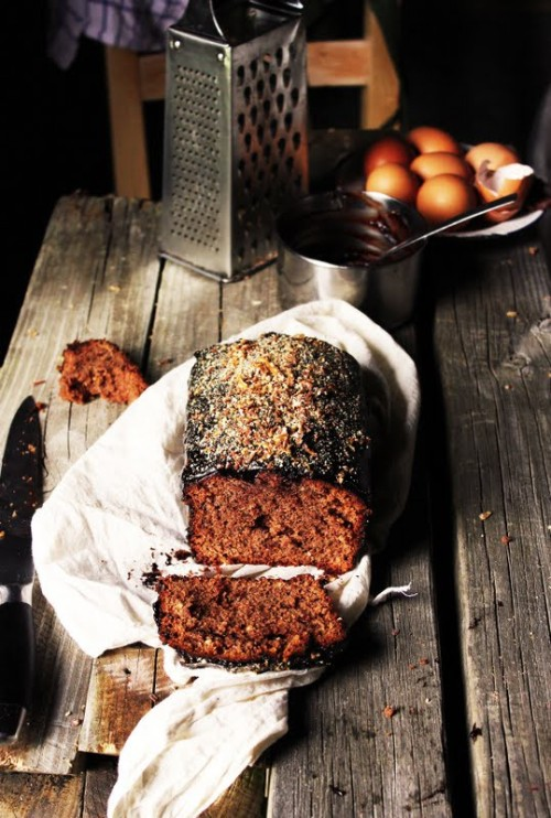 (via Adventures in Dessert 2 / Rustic Chocolate Cake)