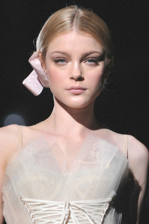 Jessica Stam at Dolce and Gabbana, Spring/Summer 2009