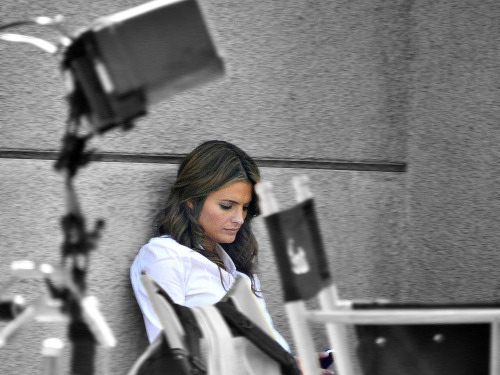 aussiejam1:  Stana Katic on location August 9, 2012.  Original from (x)