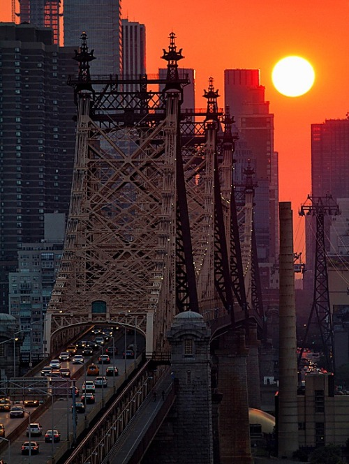 wasbella102:  New York City. Sunset Over the 59th St Bridge