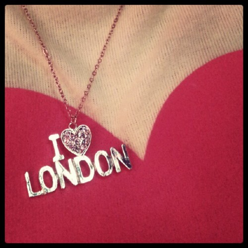 London love #london #love #ilovethiscity #party #fashion #lookbook (Taken with Instagram)