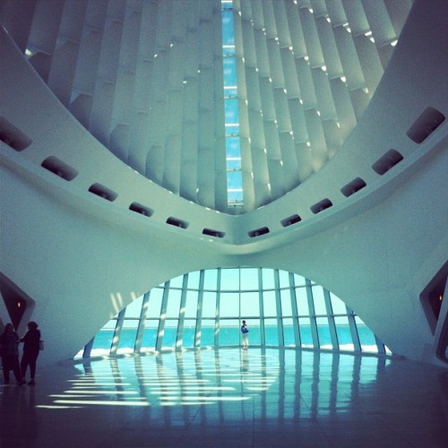 Gorgeous. #architecture #milwaukee #art #museum (Taken with Instagram)