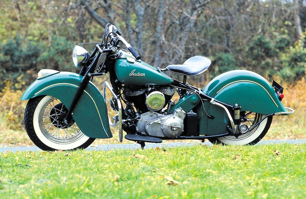 Indian Chief 1947. One of the most beautiful motorcycle designs ever.