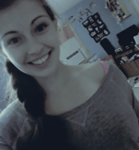loveismymelodyy:  Keep on Smiling <3