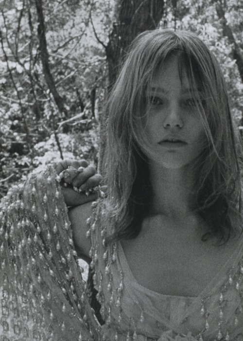 sasha pivovarova shot by yelena yemchuk for another