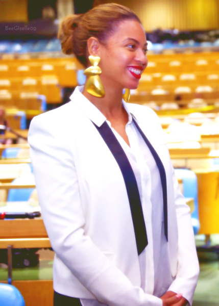 "Bey paid a visit to the UN General Assembly Hall to film a live performance of her song ""I Was Here,"