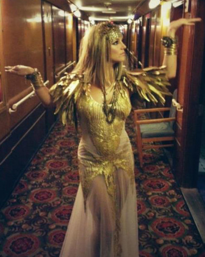 Popstar and X Factor judge Britney Spears is Cleopatra!… Who are we kidding, Britney spears is a queen and a goddess regardless if she's wearing a costume! But, in this case it is for a photo-shoot for a new fragrance out September 1 called Elizabeth Arden's Fantasy Twist.